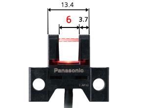 投光、受光部间距为6mm,留有余量